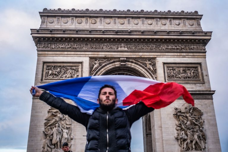 France, Paris, December 8, 2018 | Photo #1 | The Arc de Triomphe in Paris was the place were the most violent clashes between the Yellow Jacket movement and French Riot police appeared. The damage caused by protesters was severe. Photo: Joris van Gennip
