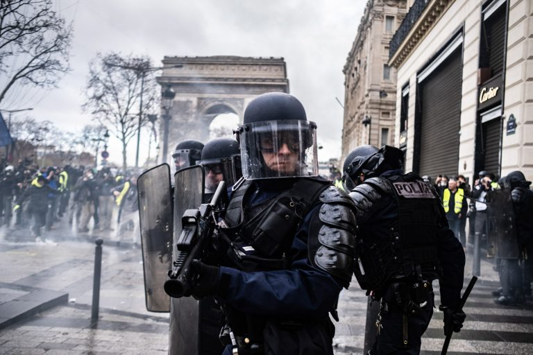 France, Paris, December 8, 2018 | Photo #4 | The French riot police are using various non-lethal weapons in order to disperse Yellow Jacket protesters in Paris. Photo: Joris van Gennip