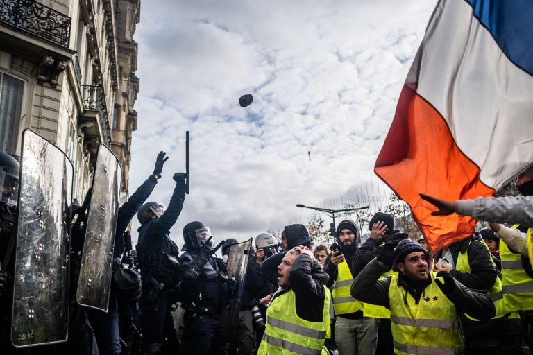 "France, Paris, December 8, 2018 | Photo #6 | Clashes during between riot police and Yellow Jackets or ""Gilets Jaunes"" during a demonstration in Paris this Saturday. Photo: Joris van Gennip"